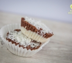 Tartlets with coconut and chocolate