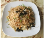 131. Rice noodles with vegetables