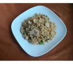 114. Fried rice with chicken, peas and carrots