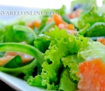 Green salad with salmon