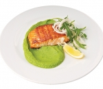 Salmon fillet with rucola and pea puree