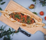 Pide with minced lamb