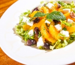 Salad with oranges and feta
