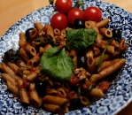 Wholemeal vegetarian pasta with ricotta
