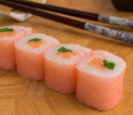 Smoked salmon and green onions Soy Paper Roll