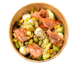 Protein salad with smoked salmon and edamame