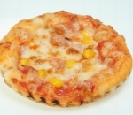 Pizza with chicken roll, corn, cheese and tomato sauce
