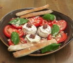 Tomato salad with ice cream