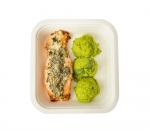 Stuffed salmon with pea puree and mint