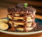 American Pancakes with Nutella, Banana and Oreo