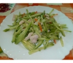 11. Salad of chicken and cucumbers