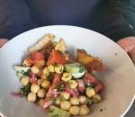 Vegan salad with chickpeas and vegetables