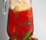 NEW Strawberry lemonade with mint
