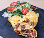 Omelet with dried tomatoes