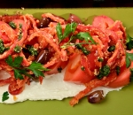 Salad fried red peppers, tomatoes and mousse soft cheese with walnuts (350g)