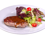 Beef pepper steak with black rice and fresh salad