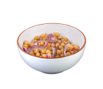 Salad of chickpeas and red onion